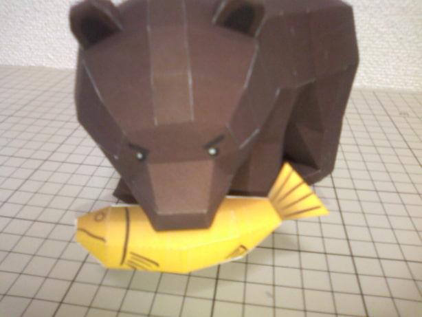 [ペーパークラフト] 木彫り風熊