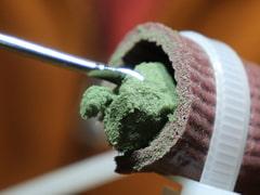 【声なし】緑の耳垢をほじくり出す奥行き耳かき